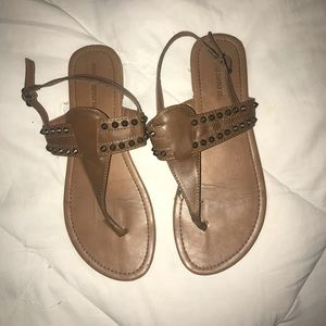 REALLY CUTE sandals!